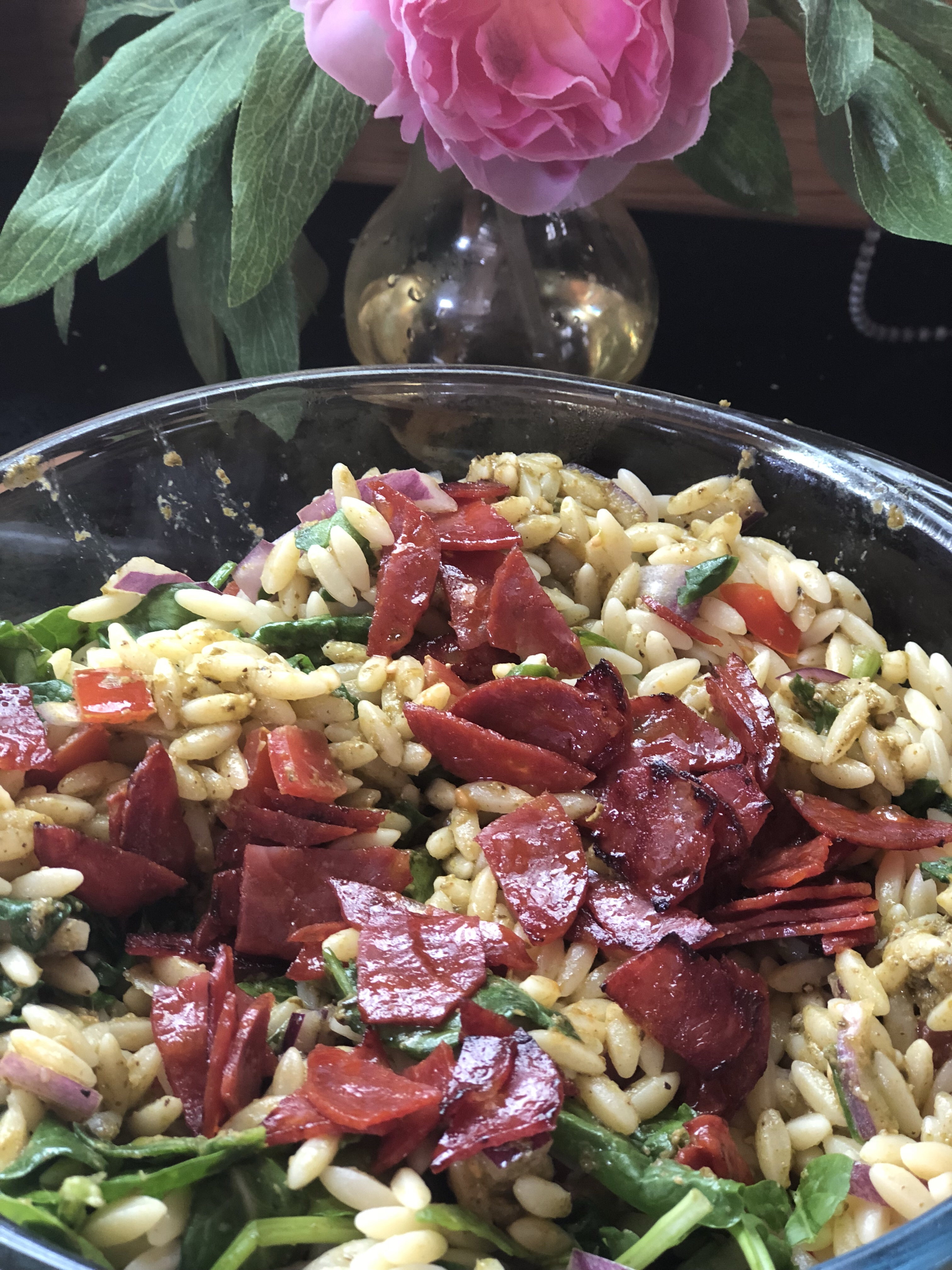 Cider_chorizo_with_orzo_pasta_and_spinach